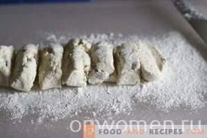 Prăjituri de brânză cu stafide