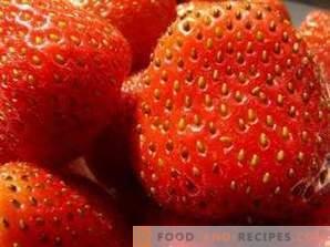 Cum se îngheață căpșunile pentru iarnă