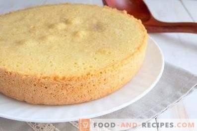 Tort de burete pentru un tort cu multicooker