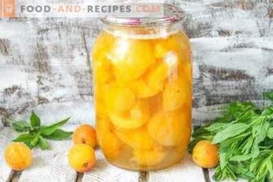 Compote d'abricots pour l'hiver