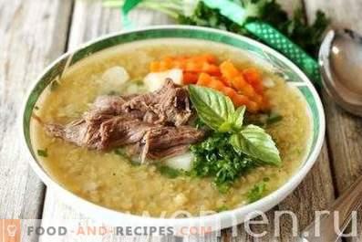 Supă de linte roșie cu carne