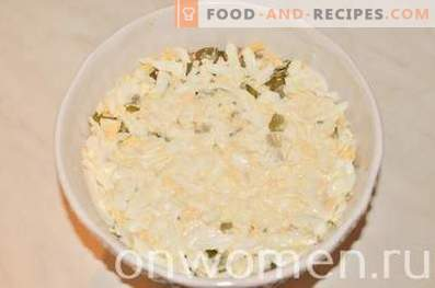 Salata stratificată cu somon și orez